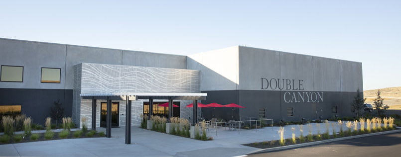 Double Canyon Tasting Room, Exterior
